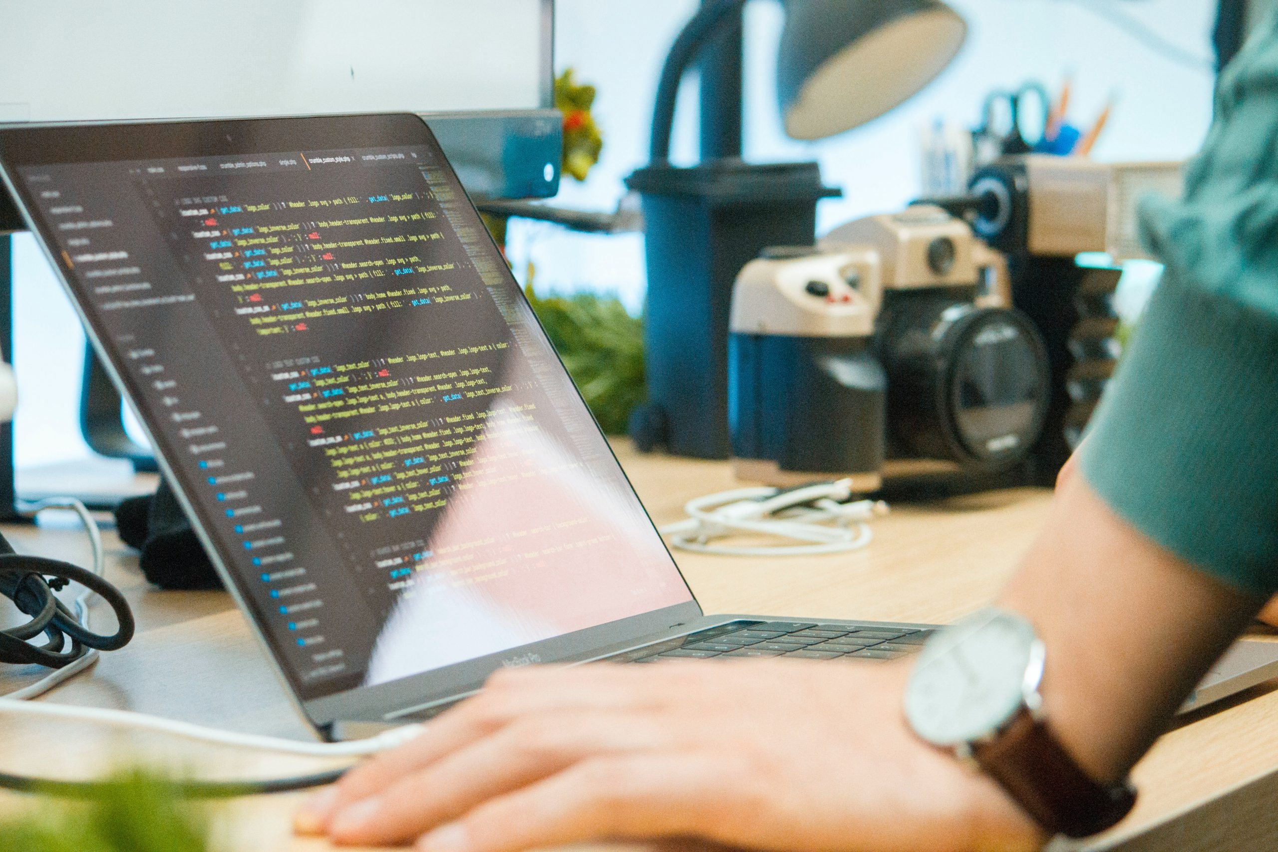 Is Matlab a high-level language